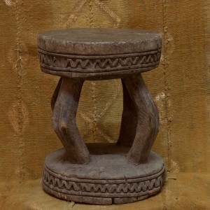 Taburete antiguo Dogón II