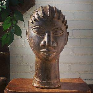 Cabeza de bronce Togo I
