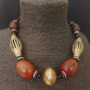 Collar Mali bronce y resina