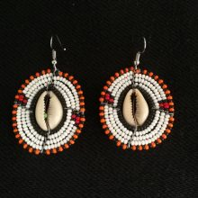 Pendientes Masai blanco Cauri